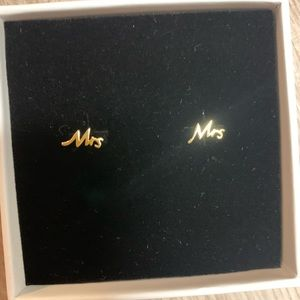 Mrs. earrings  brand new never worn
